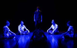 Foto della Compagnia Mystes durante lo spettacolo Dreamscape del 17 Febbraio presso il Teatro Buona La Prima di Borgo a Buggiano per il Florence Dance Festival 2018