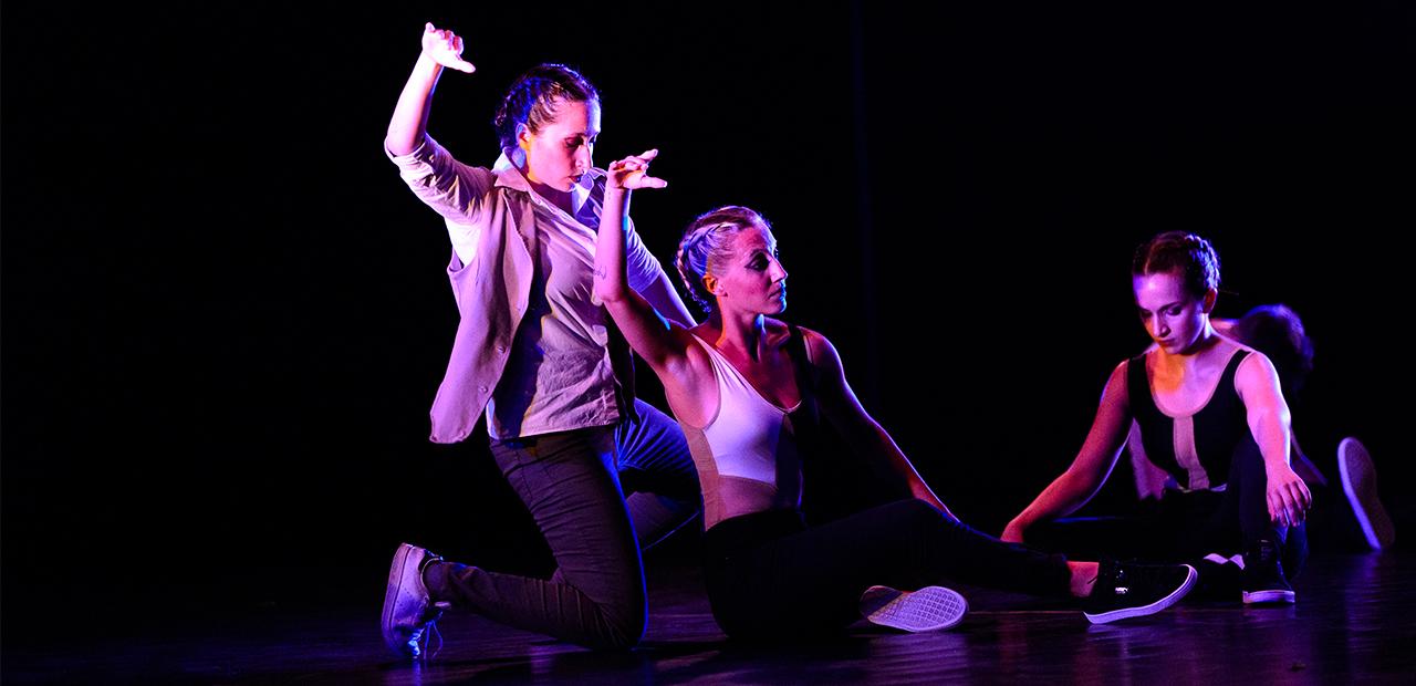 Slide Mystes Dance Company - Produzioni Danza - Chapter 1 - 2