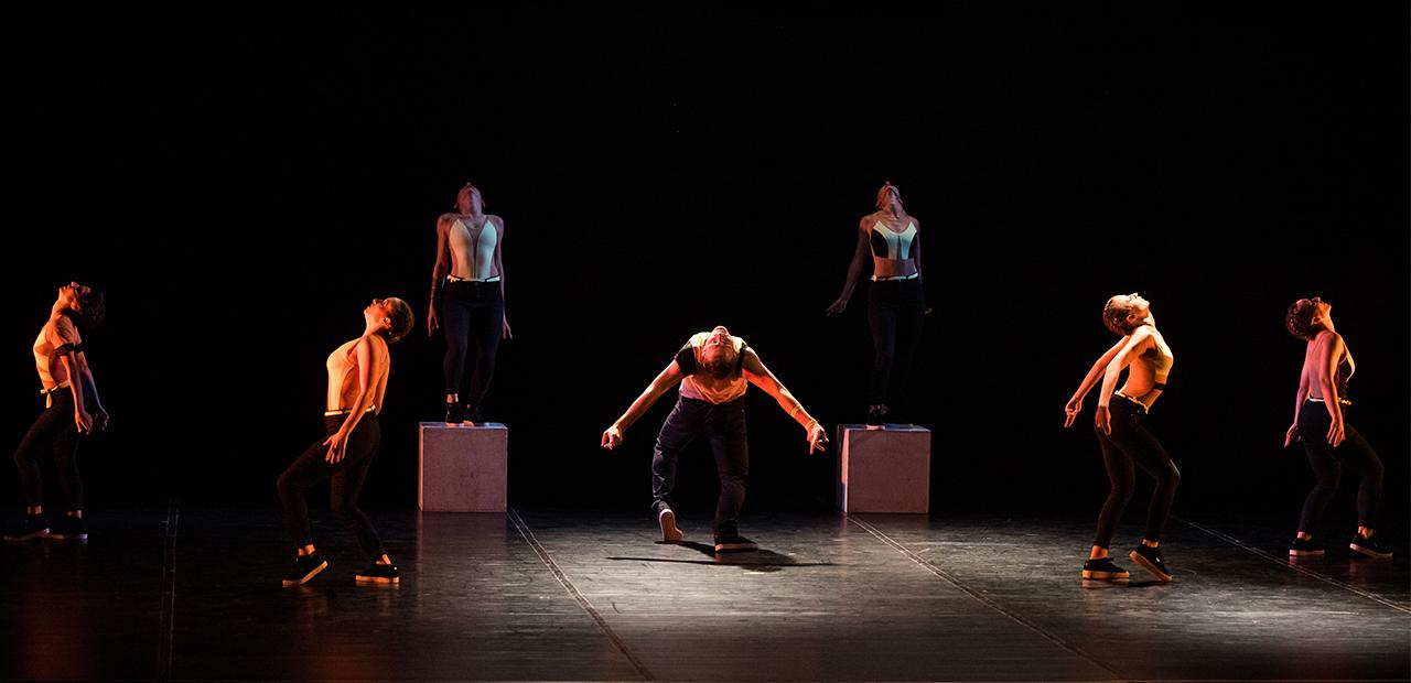 Slide Mystes Dance Company - Produzioni Danza - Sipario- 1