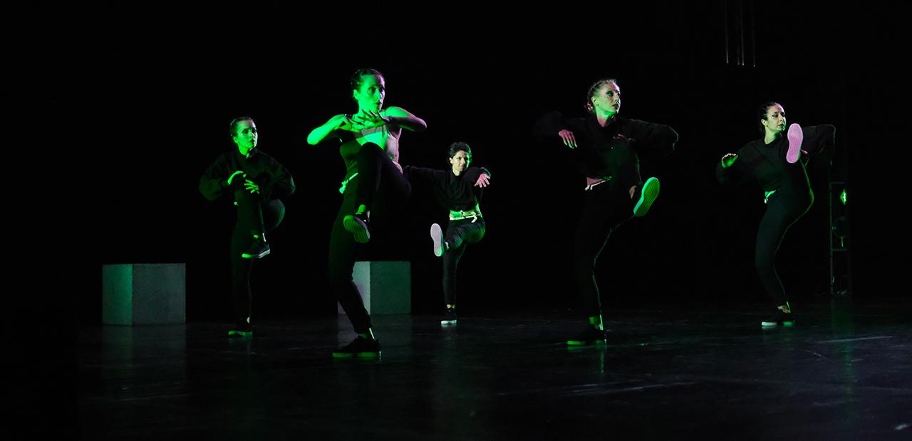 Slide Mystes Dance Company - Produzioni Danza - Sipario- 4